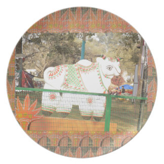 India art crafts show holy cow statue new delhi plate