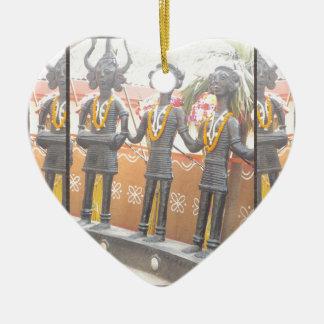 india arts rural crafts statues festival newdelhi ceramic heart ornament