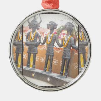 india arts rural crafts statues festival newdelhi Silver-Colored round ornament