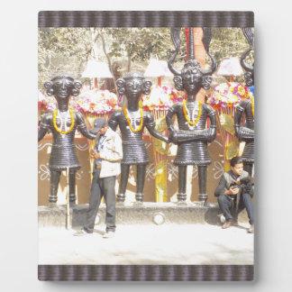 India cultural show statue of musicians artists plaque