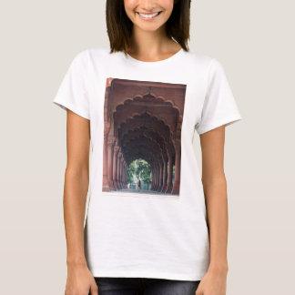 Indian Girl at Diwan-i-Aam, Red Fort, Delhi T-Shirt