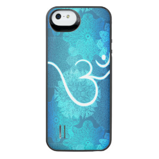 Indian ornament pattern with ohm symbol iPhone SE/5/5s battery case