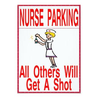 Infirmière se garant seulement carton d'invitation  12,7 cm x 17,78 cm