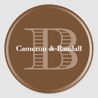 Initial B brown monogram name tag party favour Round Sticker