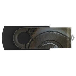 Interior Circles Swivel USB 2.0 Flash Drive