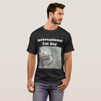 International cat day T-Shirt