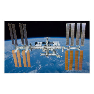 "International Space Station 16""x26"" poster"