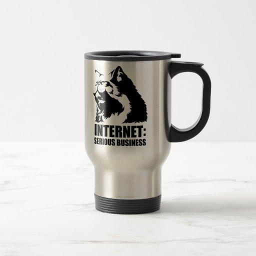 Internet : Affaires sérieuses (T-shirt drôle de lo Tasses