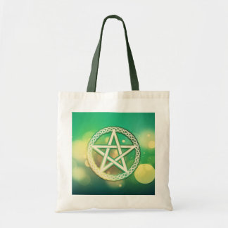 Intricate green pentacle