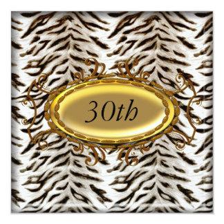 Invitation blanche de fête d'anniversaire de tigre