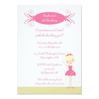Invitation blonde mignonne de fête d'anniversaire