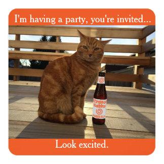 Invitation de partie comportant un chat orange