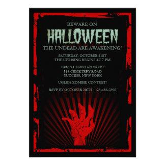 Invitation de partie de Halloween de main de zombi