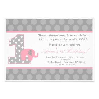 Invitation grise rose d anniversaire d éléphant