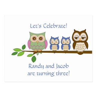 Invitation jumel d anniversaire de garçons de hibo carte postale