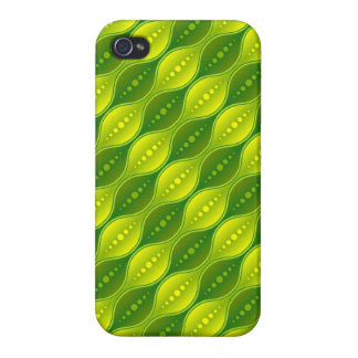 iPhone 4 Case Savvy Retro Style