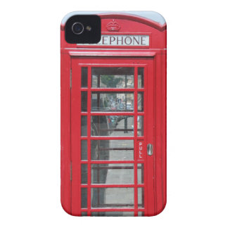 iPhone 4 : Photo rouge classique de cabine télépho Coque iPhone 4