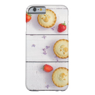 iPhone 6/6s case with sweet pies/cupcakes