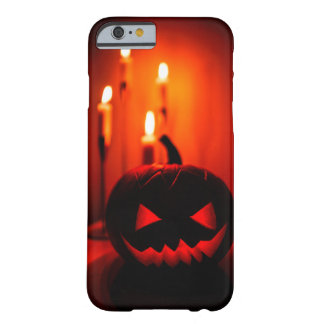 IPhone cover with Halloween theme