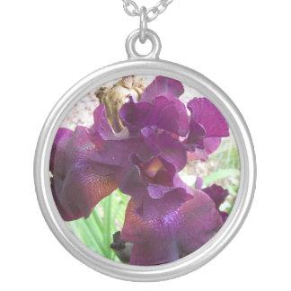 iris pourpre pendentif rond