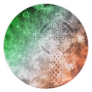 Irish Celtic Cross Party Plates