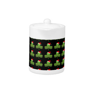 Irish Christmas Clover Pattern