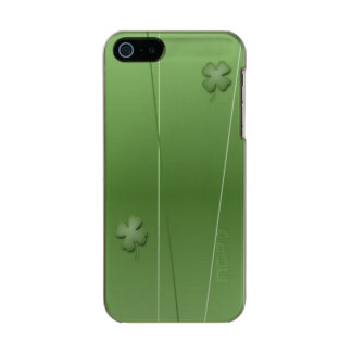 Irish Clover Design Incipio Feather® Shine iPhone 5 Case