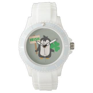 Irish Penguin with shamrock Zjib4 Watch