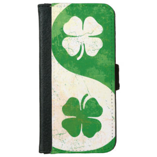 Irish Shamrock Yin Yang iPhone 6 Wallet Case