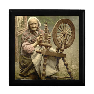 Irish Woman and Spinning Wheel 1890 Gift Box