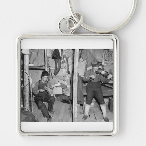 Iron River Fiddle Family, 1930s Key Chain
