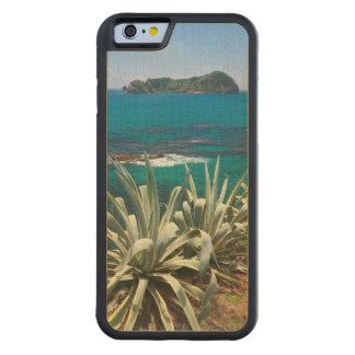 Islet and coastal vegetation maple iPhone 6 bumper