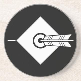 It hits against the mark, the arrow coaster