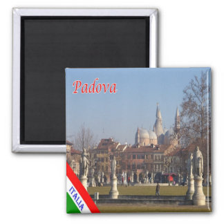 IT - Italy - Padova - Meadow with Statue Magnet