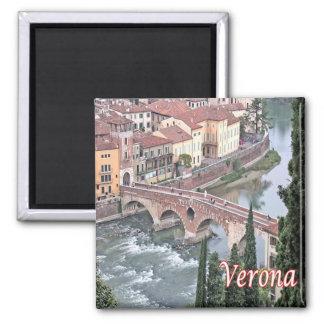 IT-Italy-Verona-Roman Bridge from Castel St.Peter Magnet