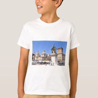 Italian architecture in Rome, Italy T-Shirt