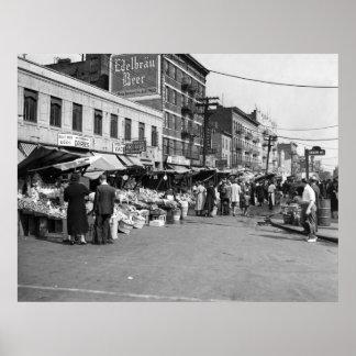 Italian Pushcart Market, Bronx: 1940 Poster