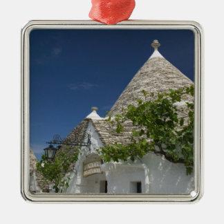 Italy, Puglia, Alberobello, Terra dei Trulli, 2 Metal Ornament