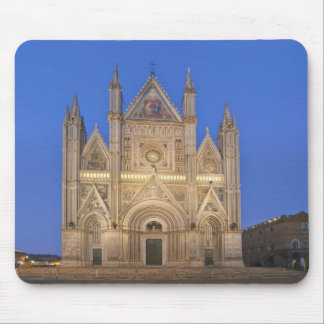 Italy, Umbria, Orvieto, Orvieto Cathedral Mouse Pad