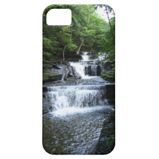 Ithaca is Gorgeous Case For The iPhone 5