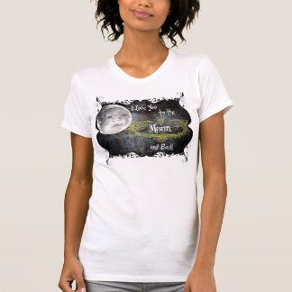 izzie moon T-Shirt