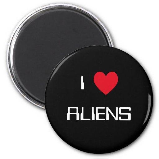 J'aime des aliens magnets pour réfrigérateur
