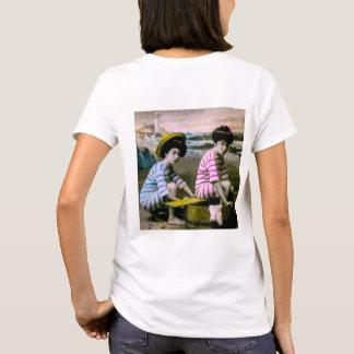 Japanese Bathing Beauties Vintage Beach Babes T-Shirt