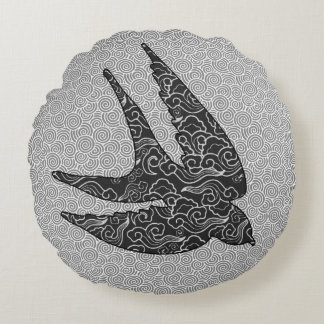 Japanese Swallow in Flight, Charcoal & Light Gray Round Pillow
