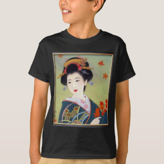 Japanese woman in blue kimono T-Shirt