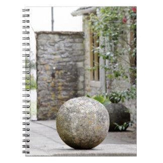 Jardin anglais - boule en pierre carnets à spirale