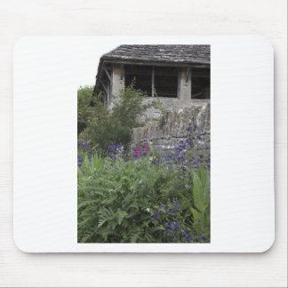 Jardin anglais - église tapis de souris