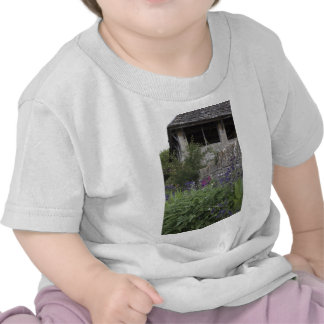 Jardin anglais - église t-shirt