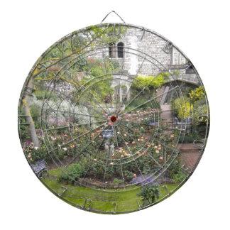 Jardin anglais jeux de fléchettes