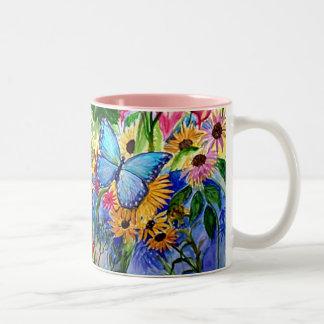 Jardin bleu de papillon tasse à café
